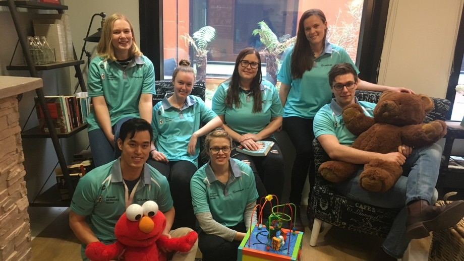 Medical Student Volunteers at Ronald McDonald House