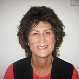 Ms Wendy Hobson